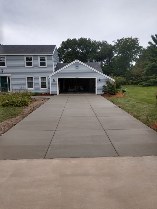Residential Construction Milwaukee | Driveway Installations