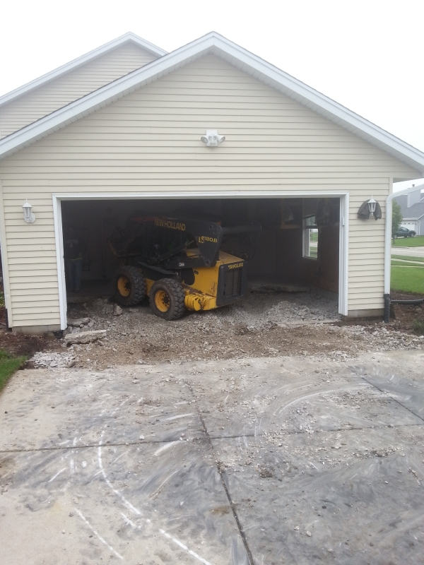 Franklin Wi garage and driveway torn out for replacement